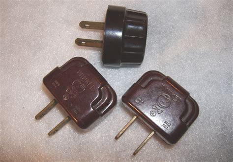 vintage winker christmas light plugs working 3