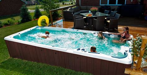 How Long An Inflatable Hot Tub Last? The Average Life