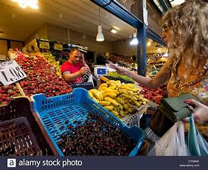 Fruit market stall in the Budapest great market hall in ...