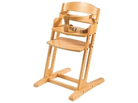 chaise haute qui s accroche à la table conseils pour choisir une chaise évolutive pour bébé