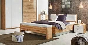 Bett Mit Nachttisch : bett mit nachttisch wohn design ~ Frokenaadalensverden.com Haus und Dekorationen