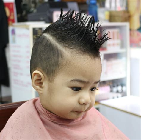 Small Boy Hairstyle by Small Baby Boy New Hairstyle Must Gaze