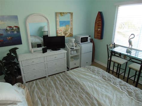 mini fridge for bedroom fl quot stay on the quot hutchinson 16193