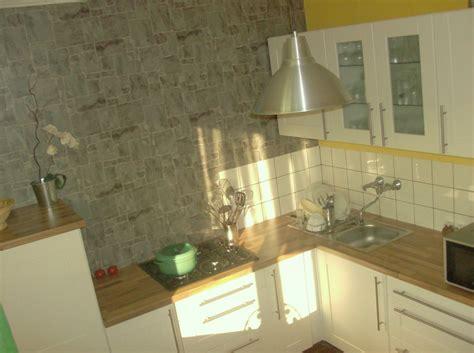 papier peint pour cuisine papier peint cuisine gris solutions pour la décoration