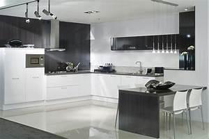 Küche Weiß Hochglanz L Form : moderne wei e k che ~ Bigdaddyawards.com Haus und Dekorationen