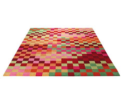 tapis pour chambre d enfant multicolore pixel par esprit home