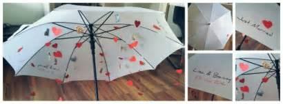 originelles hochzeitsgeschenk basteln hochzeitsgeschenk regenschirm geldregen wedding present umbrella money geschenke