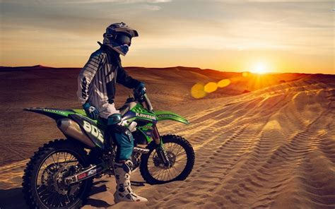 Dirt Bike Windows 10 Theme