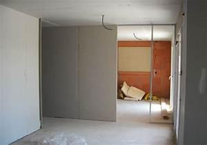 Faire Une Cloison De Separation : monter une cloison simple pose d une cloison placo ba 13 ou 10 ~ Melissatoandfro.com Idées de Décoration