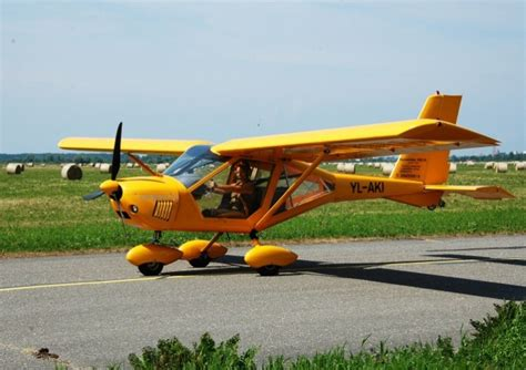 Aizraujošs lidojums ar lidmašīnu A-22