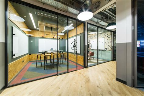 Global CoWorking Provider ? Affinity Flooring
