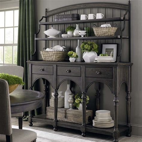 pin  dining spaces