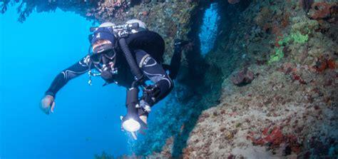 Halcyon Dive Gear by Gear Review Halcyon Explorer Knife Scuba Diver