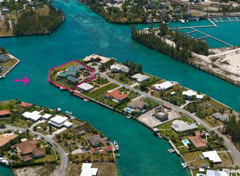 aerial view  waterfront home  sale  grand bahama waterfront homes  sale