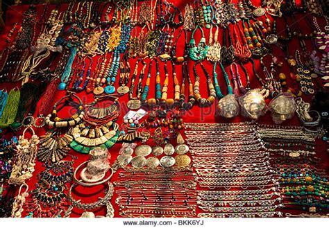Jewellery Market India Stock Photos & Jewellery Market India Stock Images Jewelry Set Indian Christian Dior Germany Nyc Nigeria Viking Men's Gift Box Willpower Eso Quintero