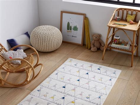 tapis de chambre garcon tapis chambre garcon conceptions de maison blanzza com