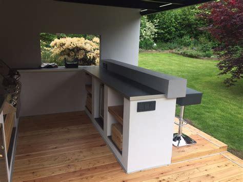 planung freistehende terrasse mit ueberdachung seite