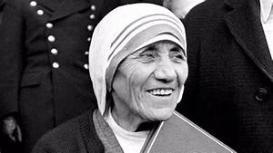 Mother Teresa to be made an official saint after Pope ...