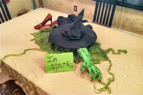 im melting  witch craft     halloween decoration decorating  cut