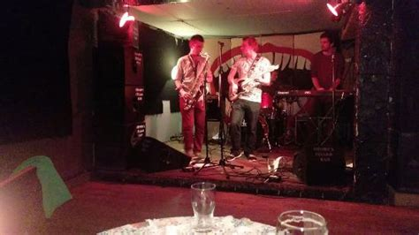 10 Of The Best Live Music Bars In Edinburgh Scotsman