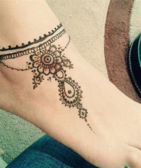 Simple Ankle Henna Tattoos Www Pixshark Com Images Galleries With A Bite