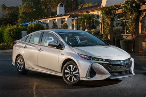 2017 Toyota Prius Prime Phev -- Specs, Price, & Details On