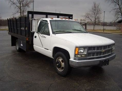 auto manual repair 1999 chevrolet 3500 parking system find used 1999 chevy 3500 stakebed flatbed 5 7l vortec v8 5 speed man transmission in saint