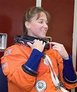 NASA - 2006 Preflight Interview: Lisa Nowak