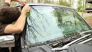 How To Replace Your Windshield Trim
