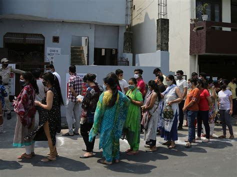 India declares more lockdowns as Covid surge hits southern ...