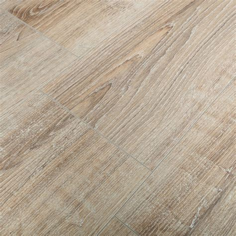 whitewashed laminate flooring kronotex exquisit 8mm white washed oak 4v laminate flooring
