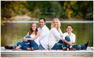 Family Photo Ideas In Studio A fun family to shoot ...