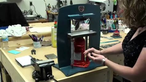 how to press a intro to the hydraulic press youtube