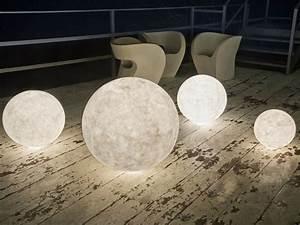 Gartenbeleuchtung Solar Kugel : moderne gartenbeleuchtung 33 designer au enleuchten ~ Sanjose-hotels-ca.com Haus und Dekorationen