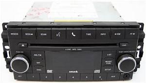 2008-2009 Dodge Caravan Factory 6 Disc Cd Dvd Changer Cd Player Sirus Radio 05064948