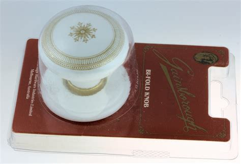 amerock hinge parts gainsborough bi fold knob with gold trim d30 356stjpwh01g8
