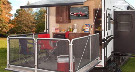 keystone cougar introduces  wheel party deck