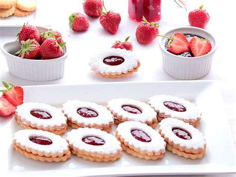 amour de cuisine chez sihem les meilleures recettes de sablés à la confiture et fraises