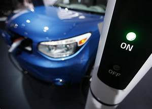 U.S., 35 states to boost electric vehicle charging network ...