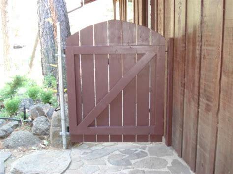 building  wooden garden gate doityourselfcom community forums