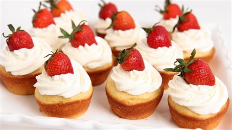 Whether it's sharing things i'm eating. Strawberry Shortcake Cupcakes Recipe - Laura Vitale - Laura in the Kitchen Episode 753   Food ...
