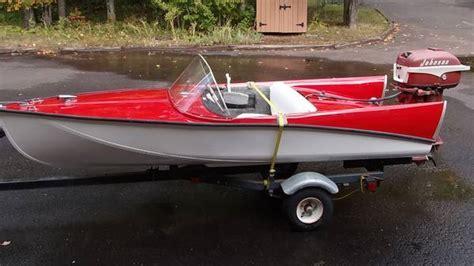 Crestliner Antique Boats by Vintage Aluminum Runabout Boats Related Keywords Vintage