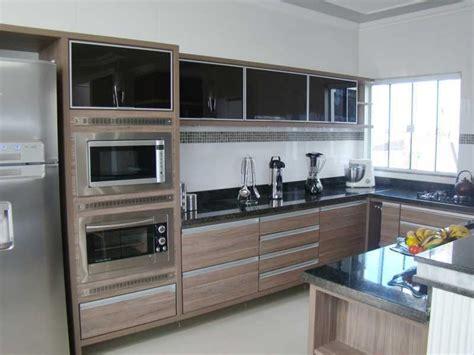 Cozinha Madeira Moderna