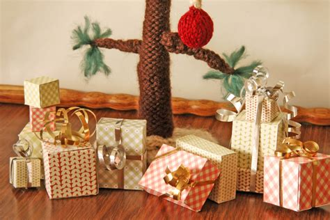 tiny gift boxes     paper box papercraft