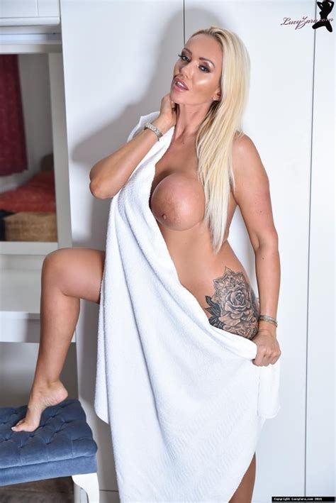 Lucy Zara Totally Nude With Big Tits And Pussy