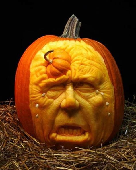 unique pumpkin carving awesome and creative pumpkin carvings fun toxin
