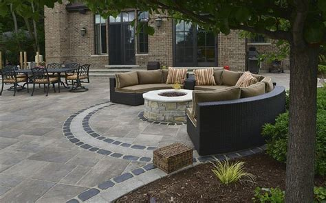 unilock beacon hill pavers best 25 unilock pavers ideas on patio with