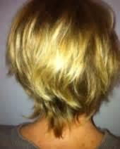 coupe de cheveux carrã court coiffure degrade nuque