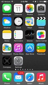 What Is On The Default Home Screen Of An Iphone 5 In Ios 7