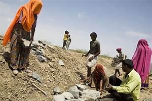 BJP, Congress spar over job creation - Livemint